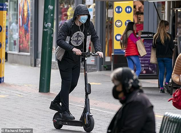 Silent e-scooters will be fitted with fake noises to warn pedestrians