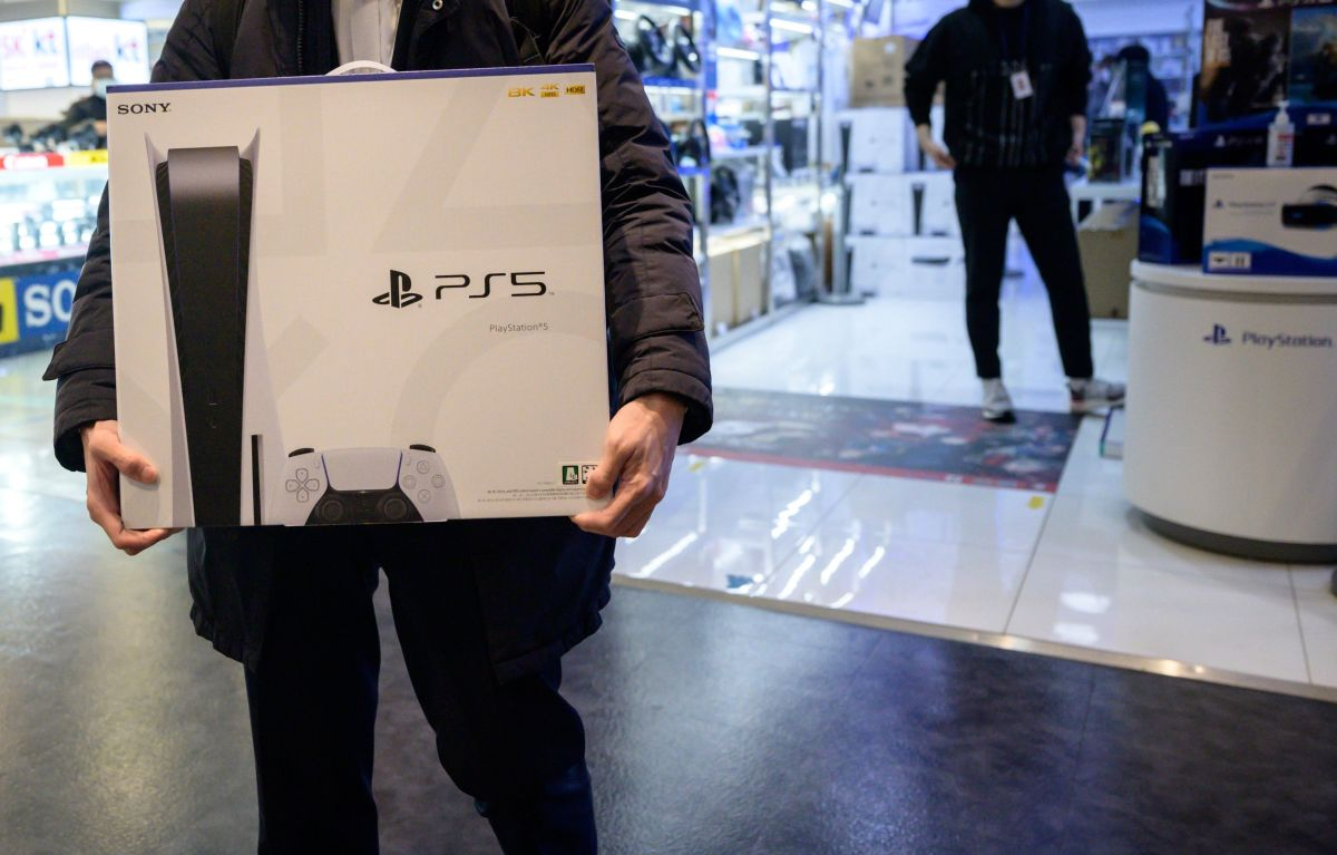 "Sony promises that the PS5 console will be available by the end of the year after registering an ""unprecedented"" lawsuit 
