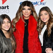 Teresa & Joe Giudice's 4 Daughters, 11 To 19, Look So Grown Up In Glam Thanksgiving Photo