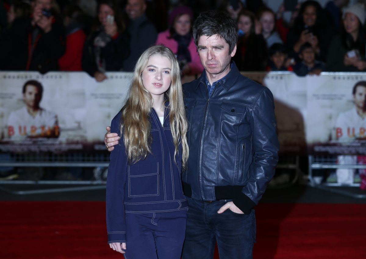 The lingerie photos of Anaïs Gallagher, daughter of Noel Gallagher, for the new Bluebella campaign | The State