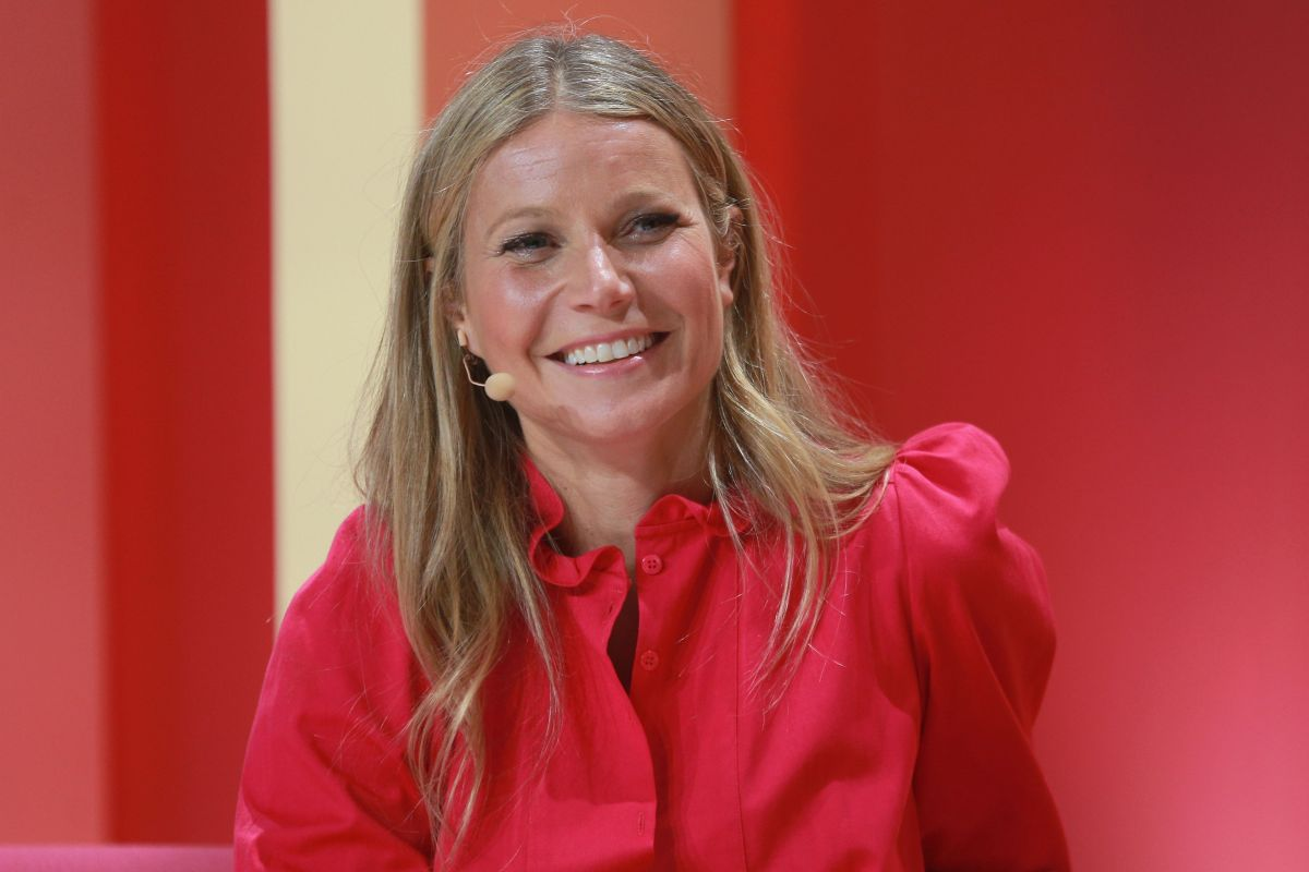 The strange photo that Gwyneth Paltrow shared on Instagram with her children for Thanksgiving | The State