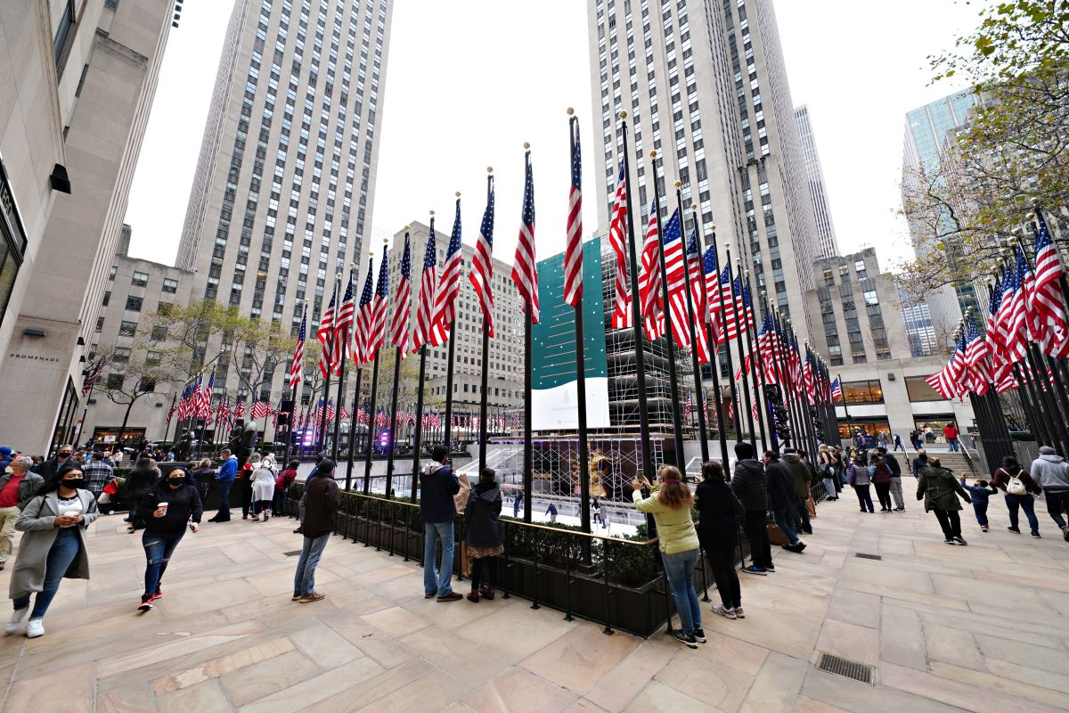 To see the Rockefeller Center Christmas Tree starting Thursday you will need a virtual ticket | The State