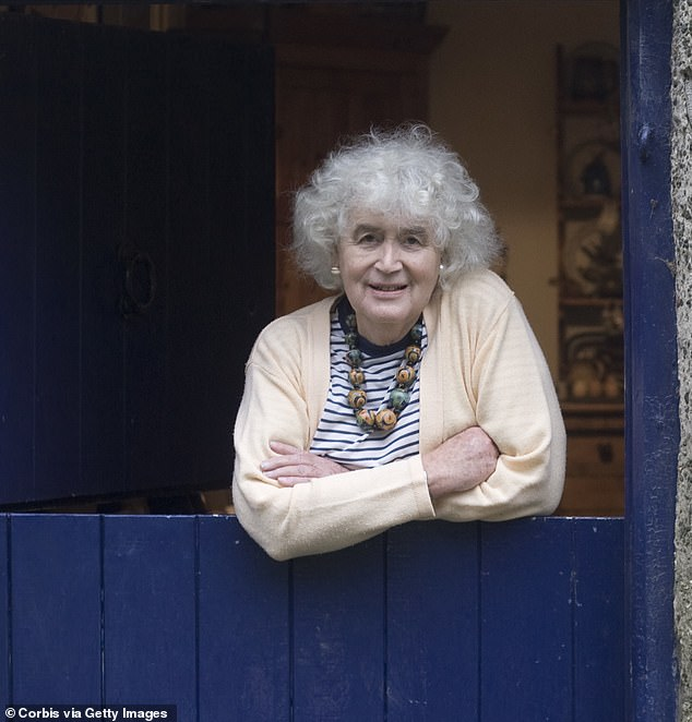 Travel writer JAN MORRIS – who died this week – tells of her 1970s transition