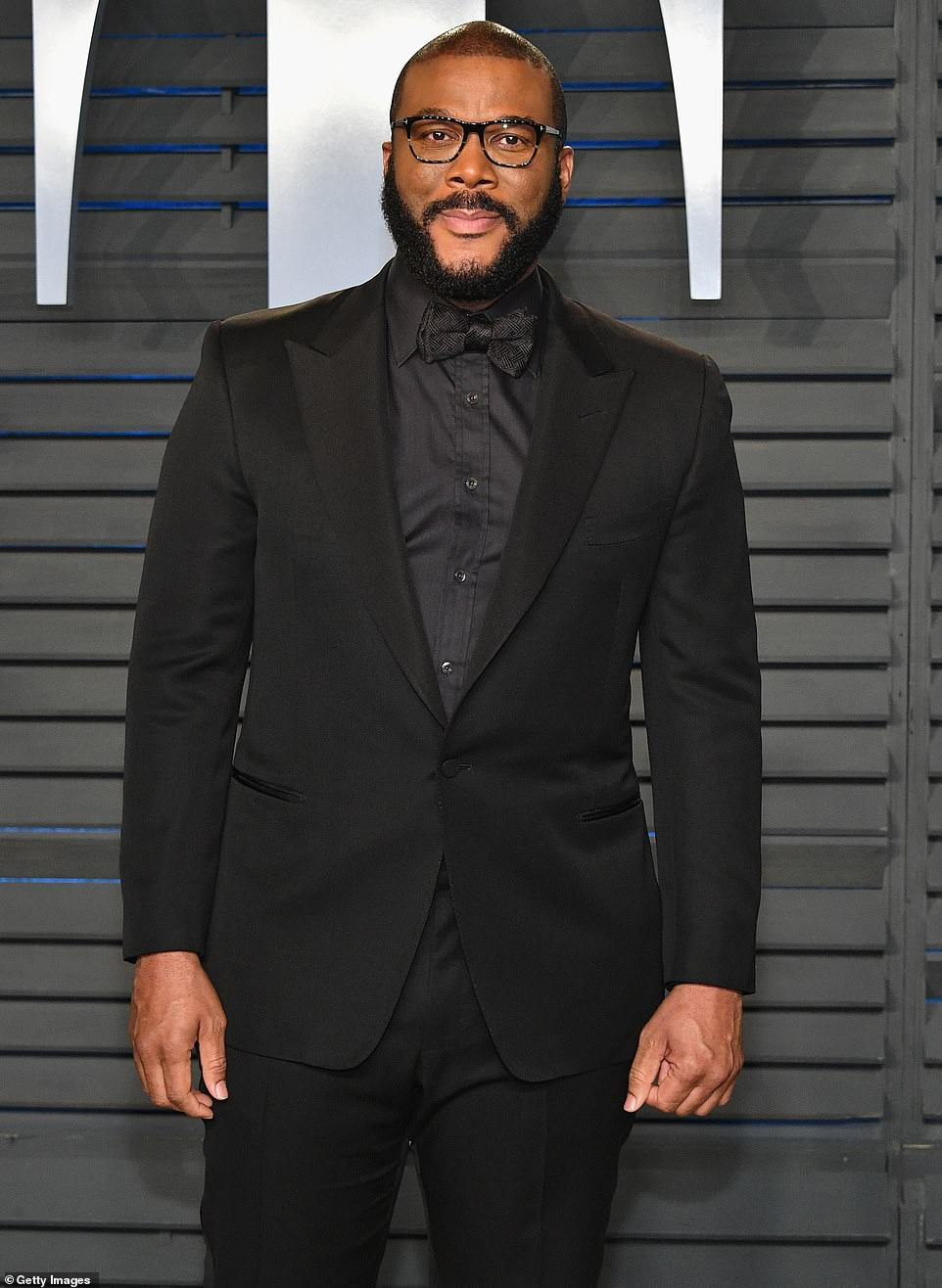 Tyler Perry causes chaos as people wait 16 hours for one of 5,000 free Thanksgiving turkeys