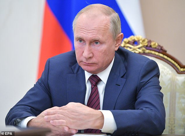 Vladimir Putin to 'quit in January' amid 'Parkinson's disease fears'
