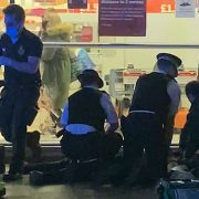 Wandsworth stabbing: Little girl watches medics try to save teen's life