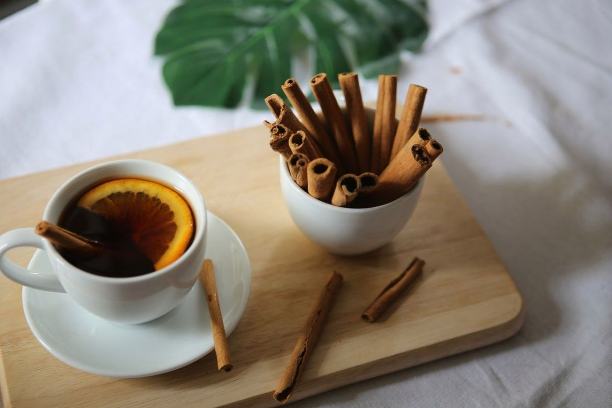 Warm and aromatic cinnamon tea with honey, to lose weight naturally and avoid colds | The State