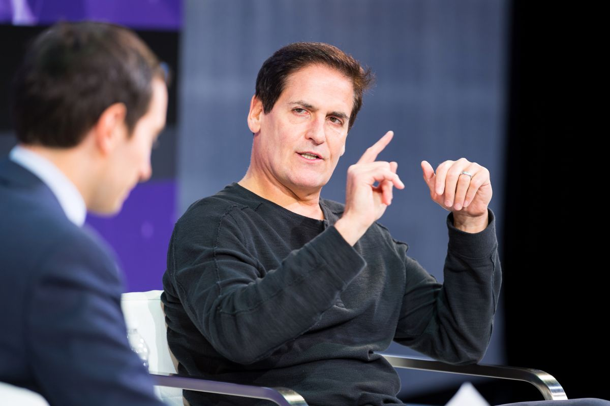 What book did Mark Cuban read when he was 30 that helped him create his fortune? | The State