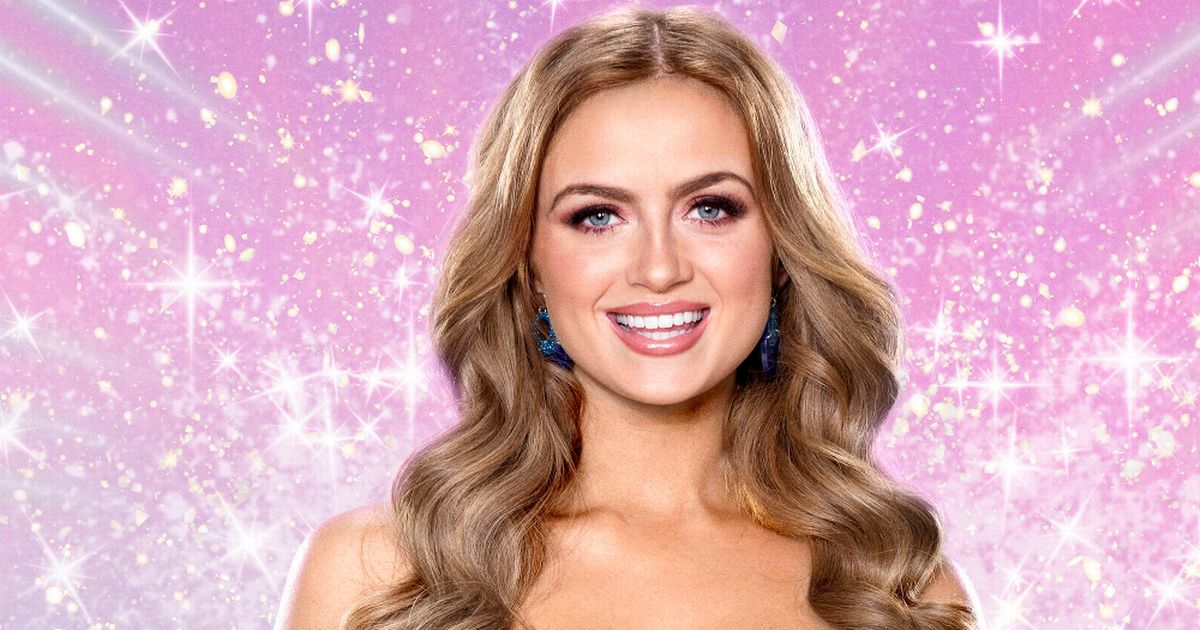 Maisie Smith compares Karen Hauer to a cow in cheeky jibe at her dancing