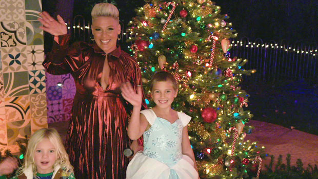 Pink's Daughter Willow, 9, Shows Off Her Amazing Voice Performing With Mom On 'Disney Holiday Singalong'