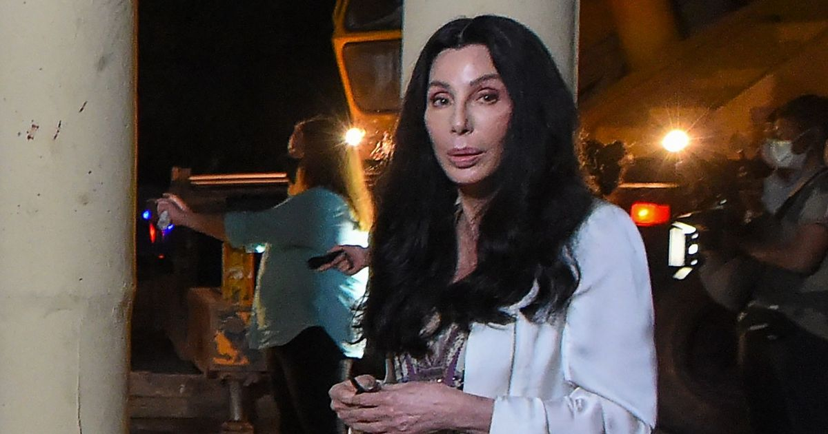 Cher rescues 'world's loneliest elephant' from closed down zoo