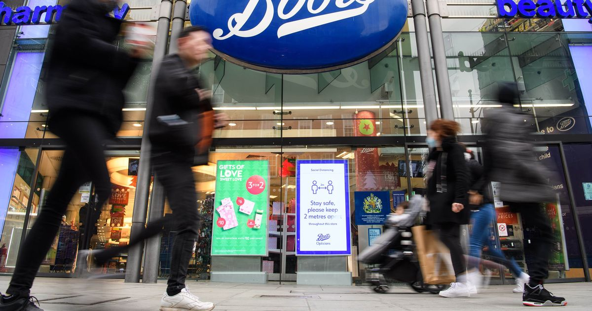 Boots to extend opening hours in over 300 stores across the UK
