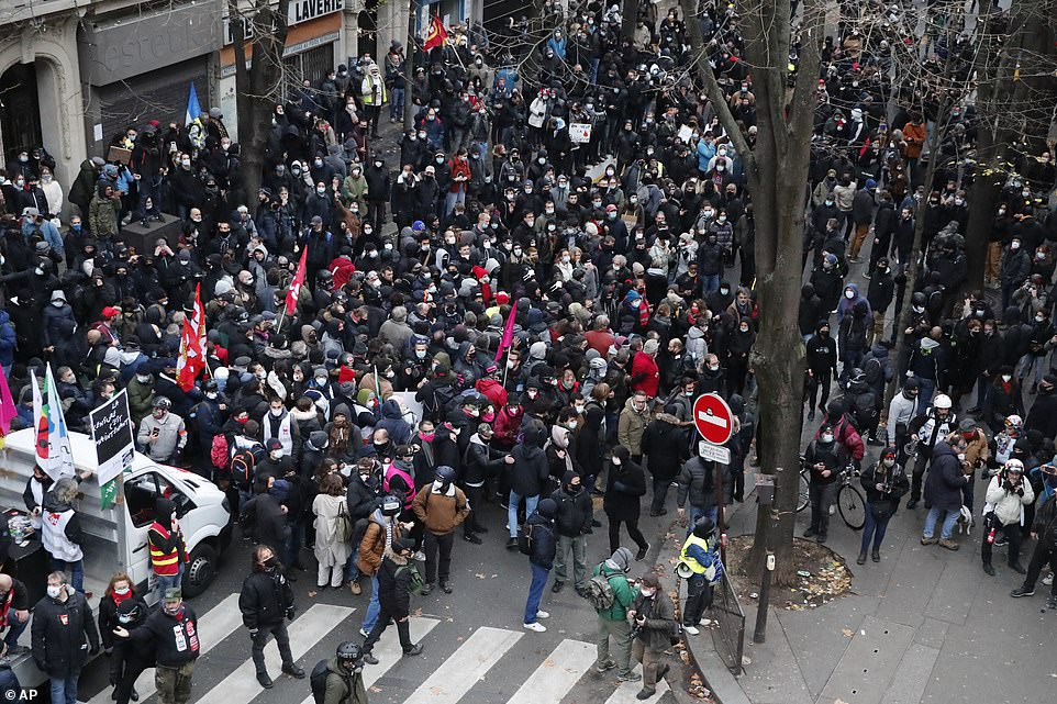 Large groups of demonstrators, who were piled in together on the streets of Paris and unable to social distance, were blocked off during the demonstration
