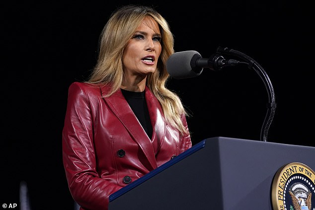 Meanwhile the former model and First Lady wore her bronde hair in gentle waves across her shoulders for the event