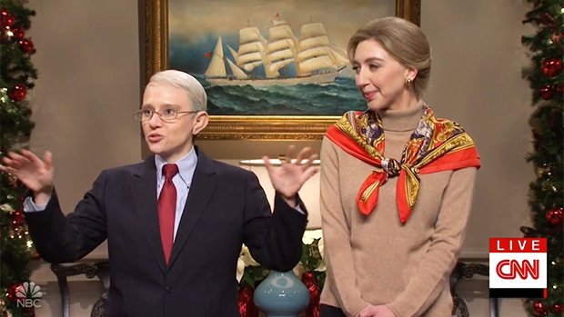 Heidi Gardner's Dr. Birx Is Jealous Of Kate McKinnon's Dr. Fauci Who's Agenda Is Thrown Off By Fans Throwing Bras