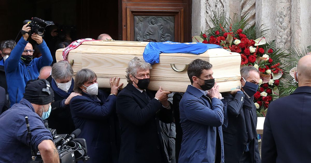 Italy legend Paolo Rossi's home is burgled during his funeral