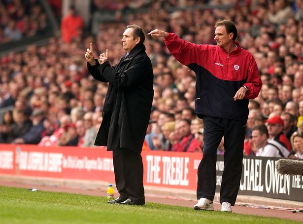 Houllier on the touchline with trusted No.2 Phil Thompson