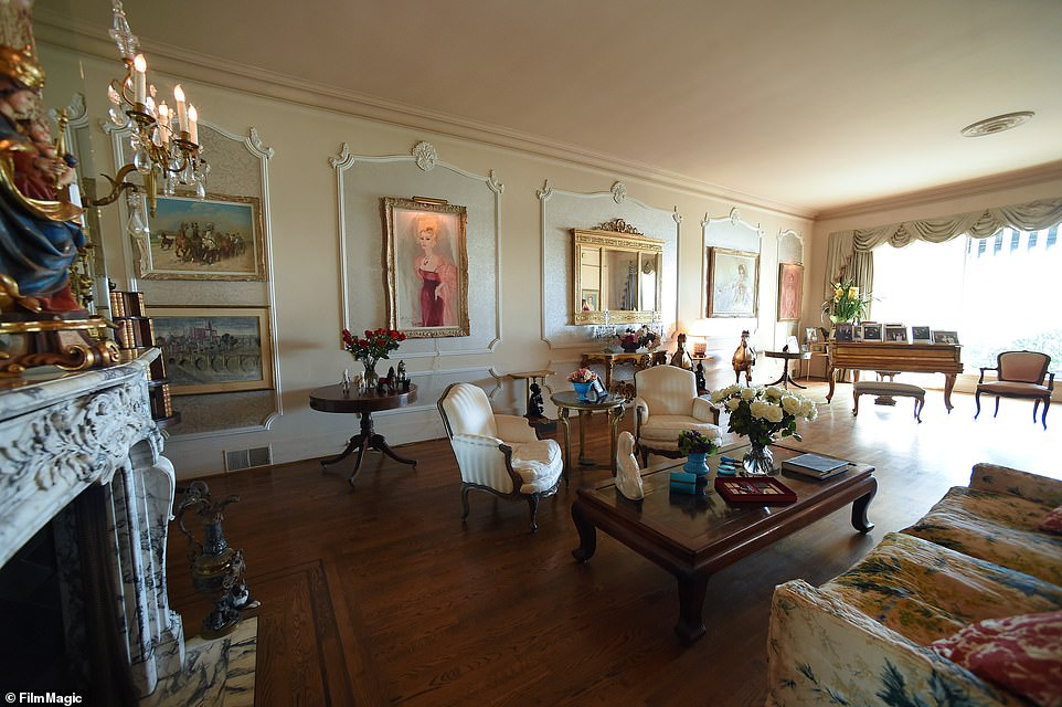 Gabor's home decorations included glamorous portraits, paintings and antique furniture. The house has a formal living room, dining room and family room, as well as three guest suites
