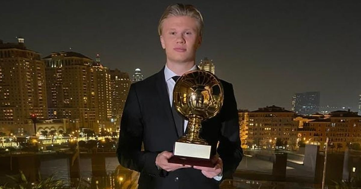Erling Haaland makes statement on transfer future after winning Golden Boy award