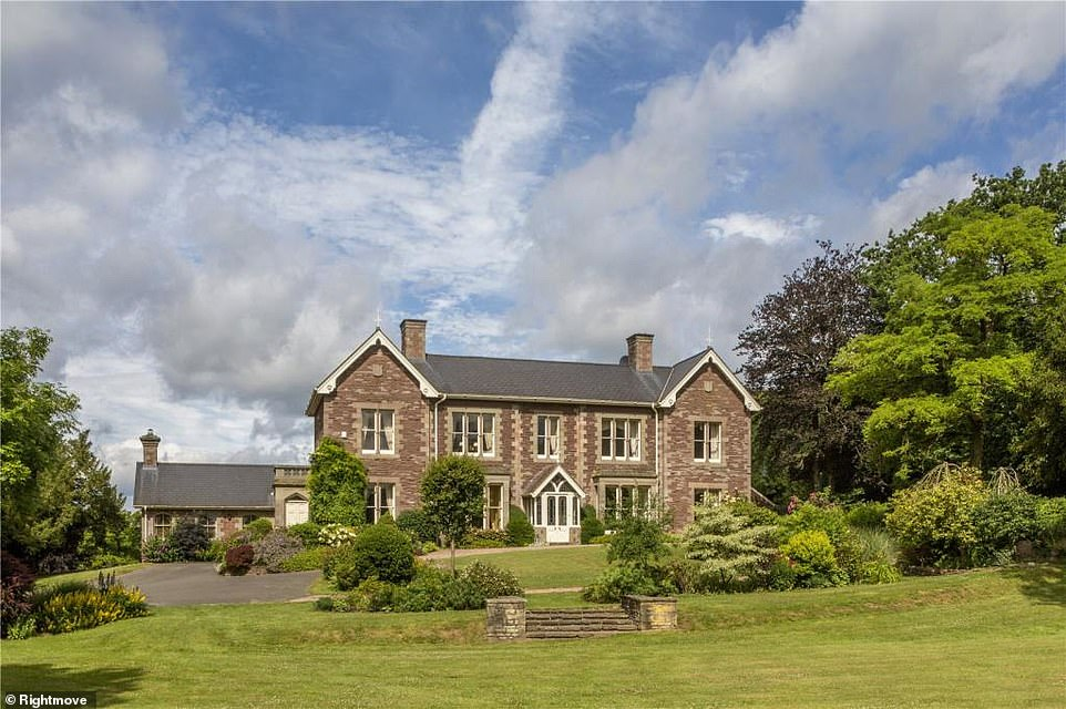 As well as its own vineyard, this sprawling six-bedroom mansion has an outdoor swimming pool and a tennis court