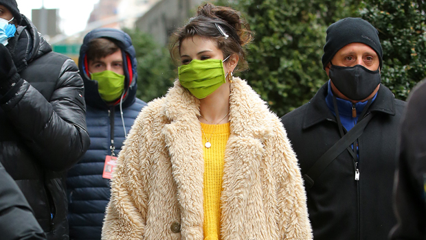 Stars Wearing Holiday-Themed Face Masks: Photos Of Selena Gomez, Jennifer Lopez, & More
