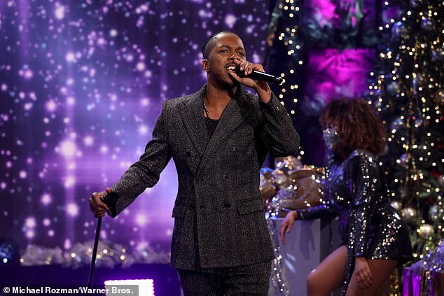 The singer also performed on the show, and discussed his family pregnancy