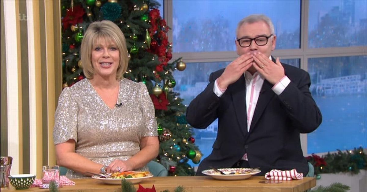 This Morning viewers in tears as Eamonn Holmes and Ruth sign off on last show