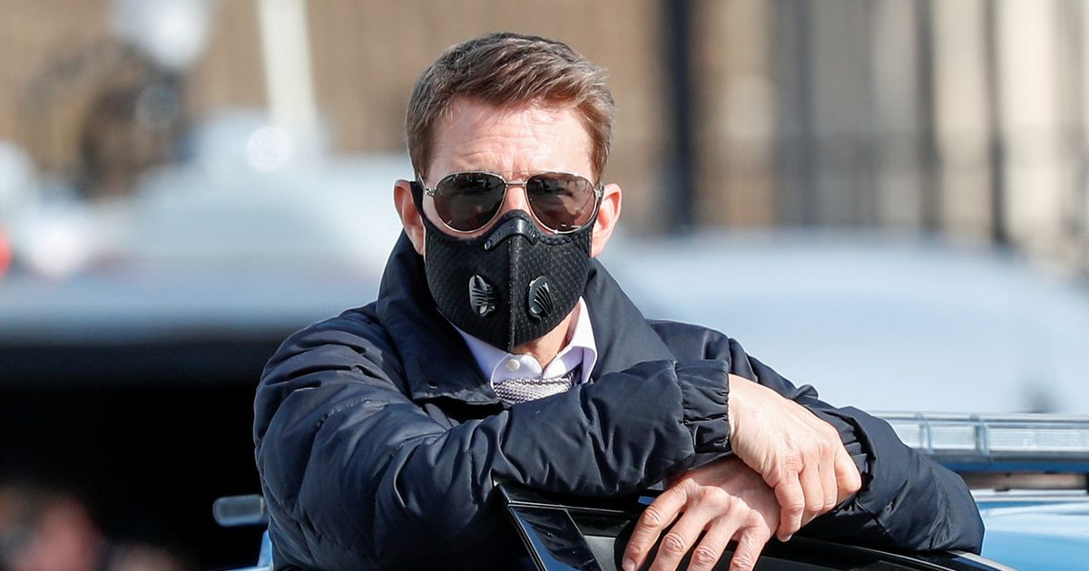Tom Cruise slammed for using 'less safe PPE mask' following Covid meltdown
