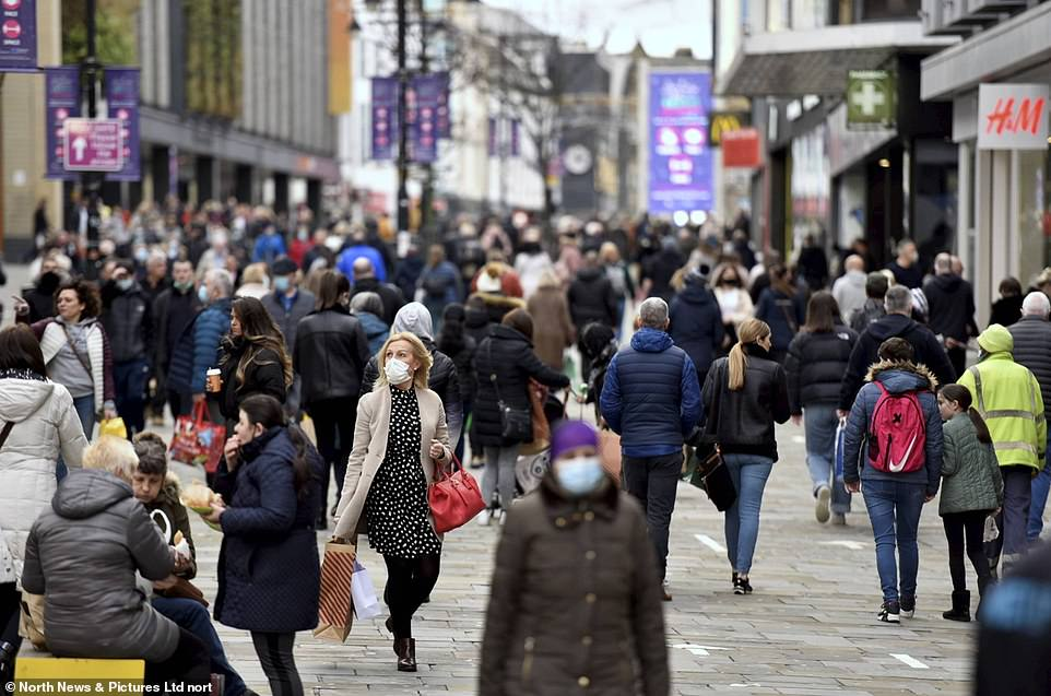 Shoppers in Newcastle were today eager to get their hands on some last-minute gifts on the last Saturday before Christmas