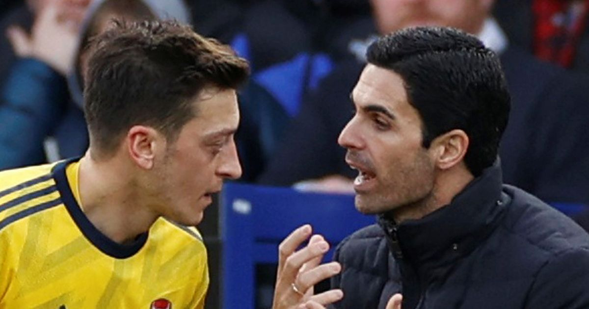 Arteta's issue with Ozil emerges and leaves Arsenal boss with egg on face