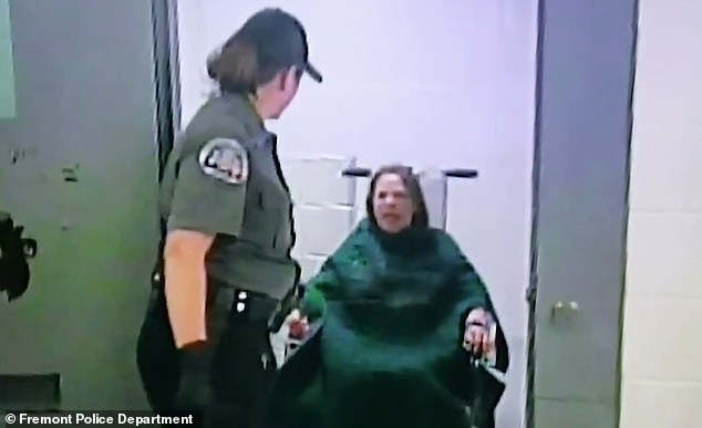 O'Neal was taken to jail in May 2014 after being arrested in her home by three male deputies