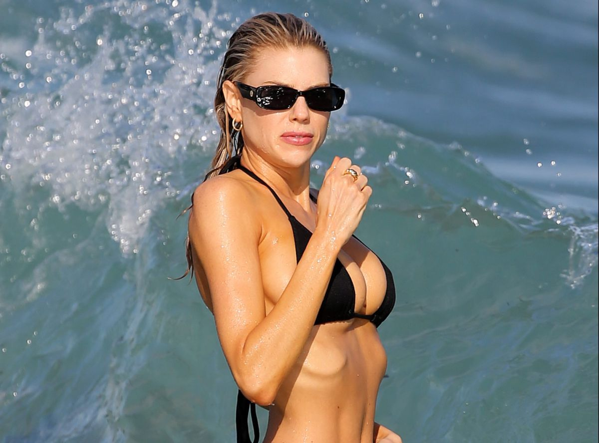 Charlotte McKinney stunned everyone in Miami in a heart attack black bikini | The State