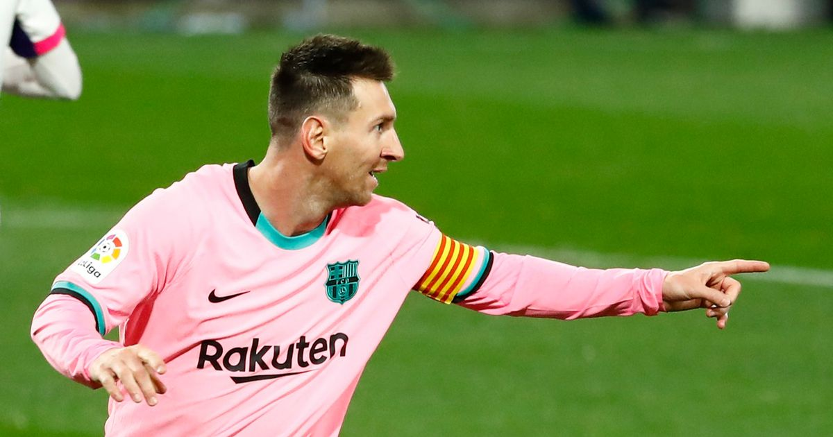 Lionel Messi surpasses Pele as Barcelona star sets new all-time goals record