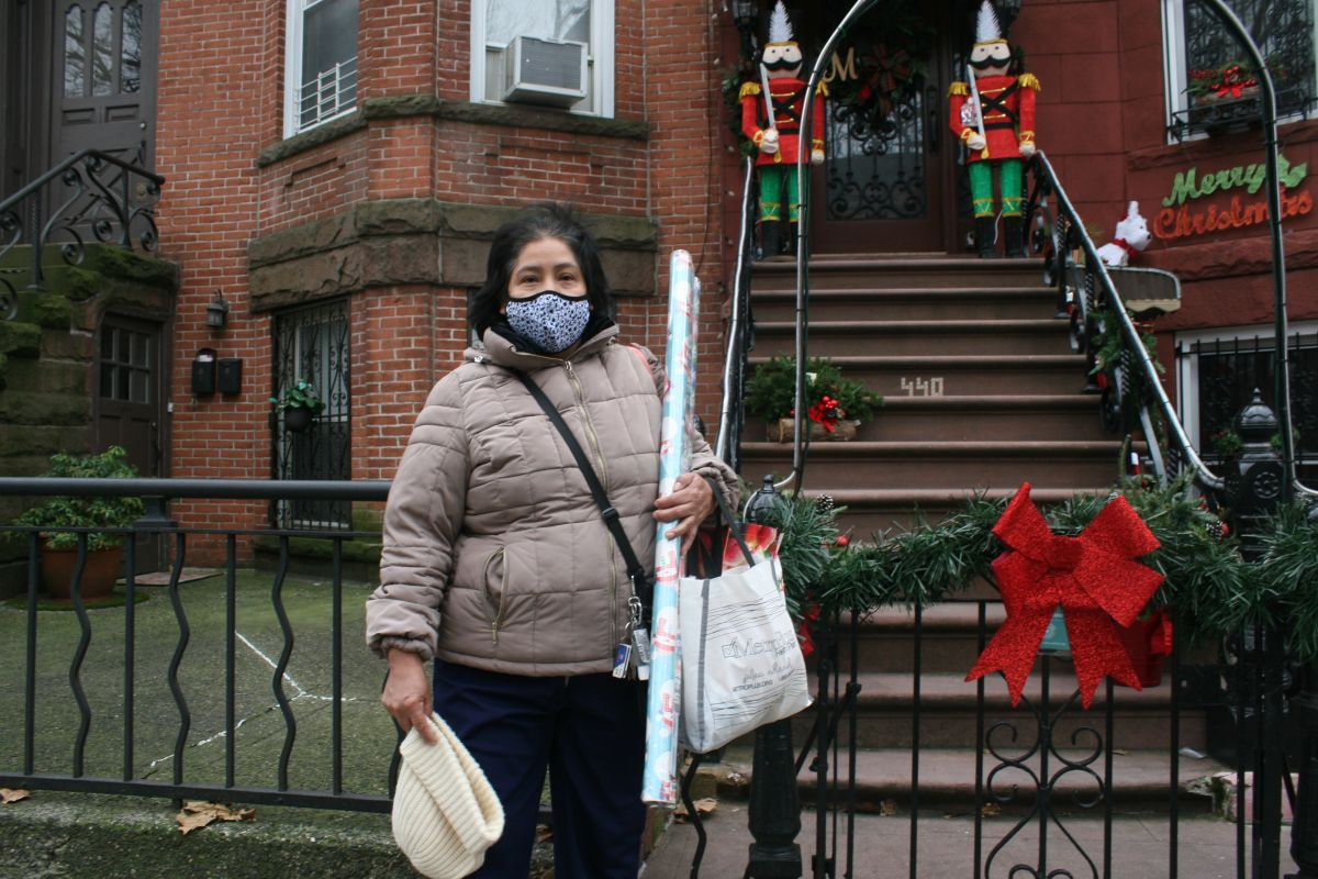 In the Big Apple, Hispanic families choose not to celebrate Christmas 'a full house' for fear of COVID-19 | The State