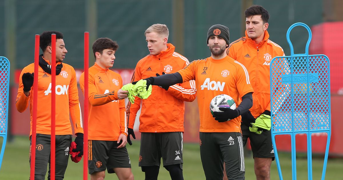 Man Utd cancel Christmas dinner as stars train ahead of Boxing Day clash