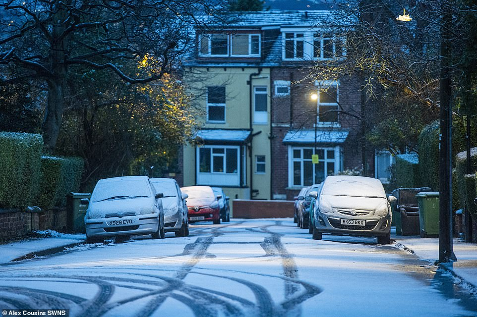 Morning snow in Leeds today as the Met Office issues weather warnings covering much of the country