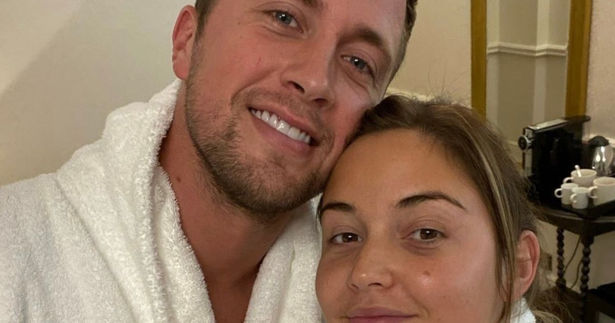 Jac Jossa and Dan Osborne look loved up as they launch home improvements Insta