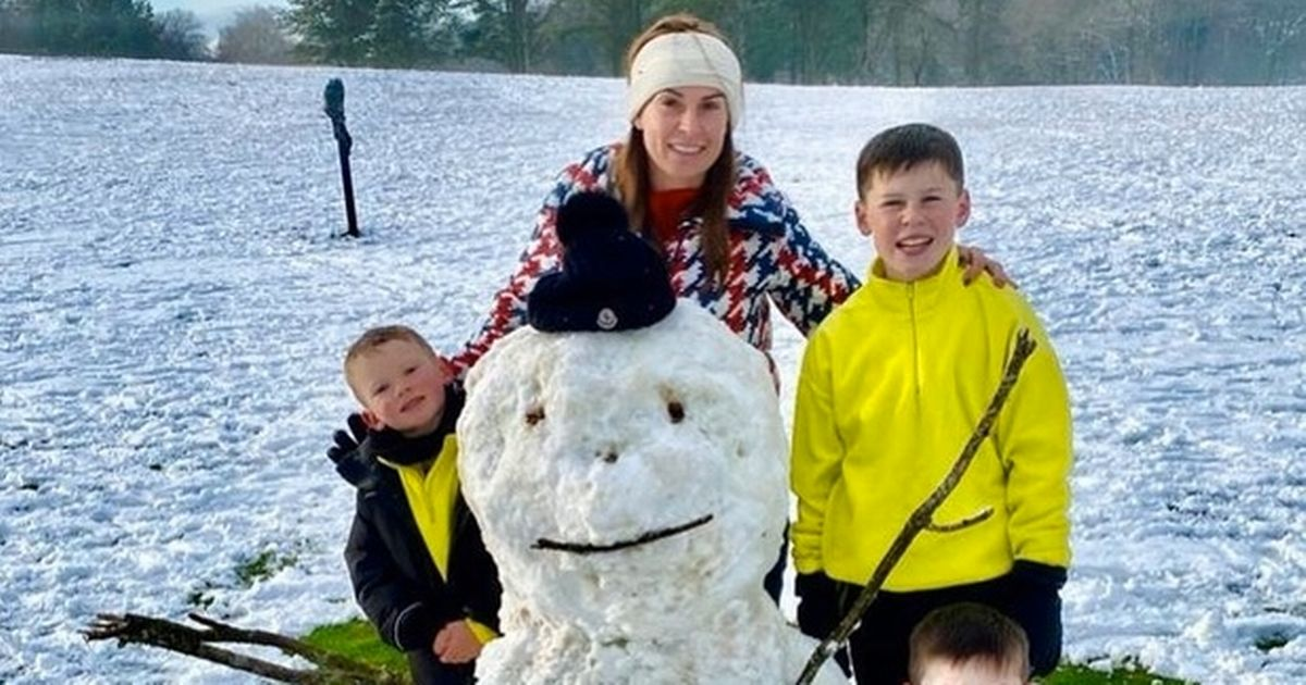 Coleen Rooney enjoys cute moment with sons by building snowman on winter outing
