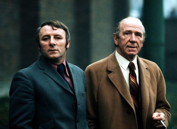 Tommy Docherty alongside Sir Matt Busby.