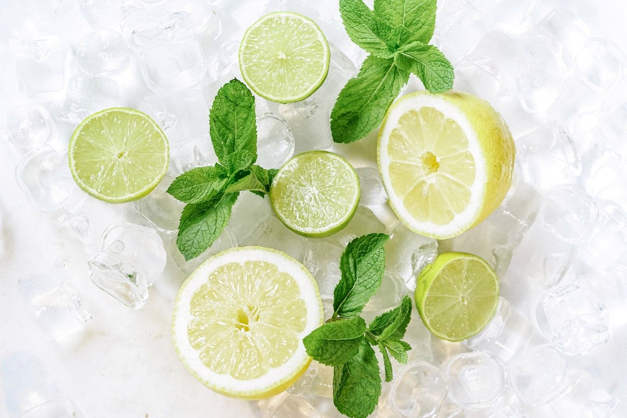 Lemonade and mint