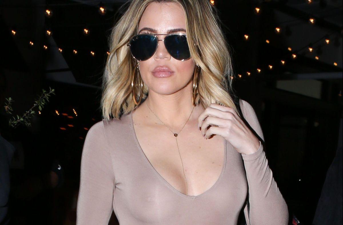 Among luxurious bags, Khloé Kardashian surprises her fans posing in a thong and top | The State