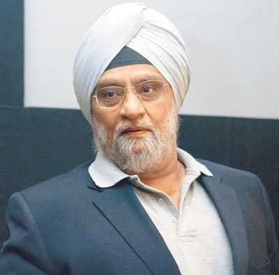 Angry with idea of Jaitley statue at Kotla, Bishan Bedi asks DDCA to remove his name from stands, quits membership