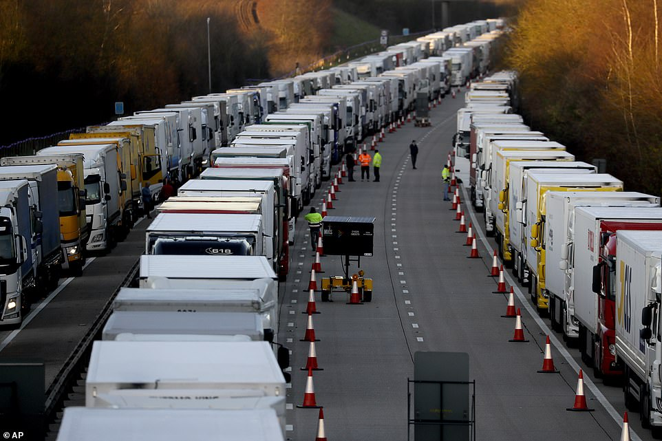Another 800 military personnel are sent to help test 4,000 drivers stuck in Kent on Christmas Day