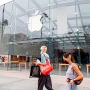 Apple to Temporarily Close All California Stores Due to Increase in COVID-19 Cases | The State