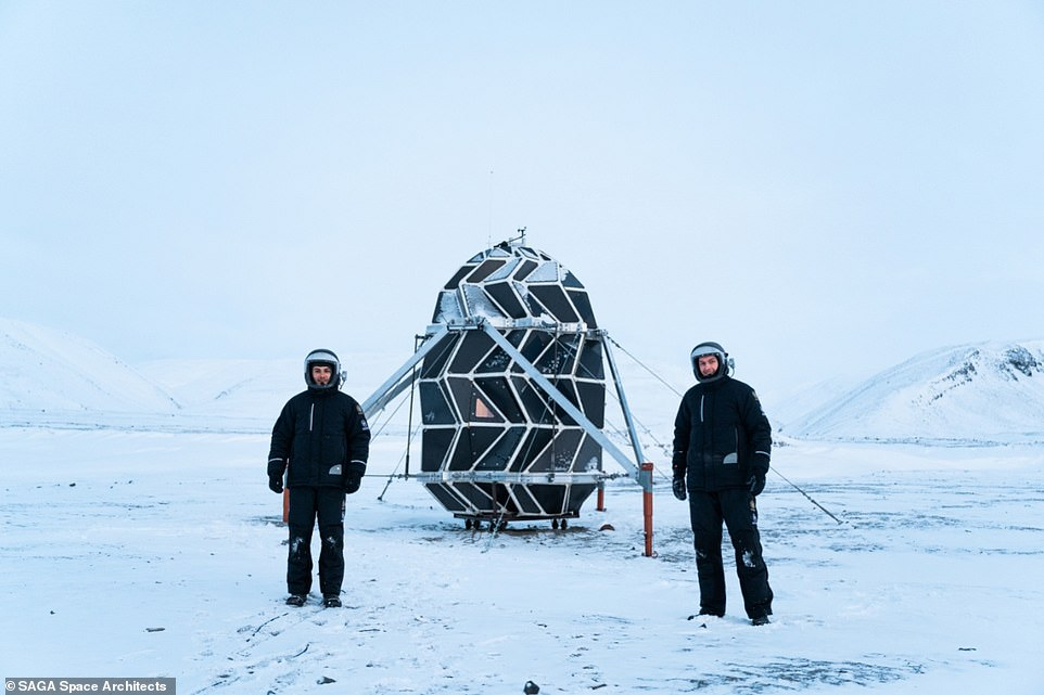 Architects complete two-month stay in a collapsible Moon shelter