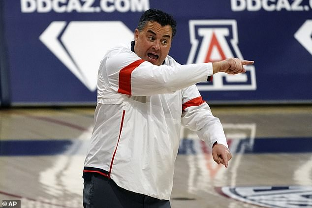 Arizona men's basketball team self-imposes one-year postseason ban following bribery scandal
