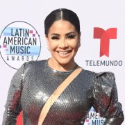 """Carolina Sandoval sings like Thalía and says that her """"Buttocks are like those of a pernil"""" 