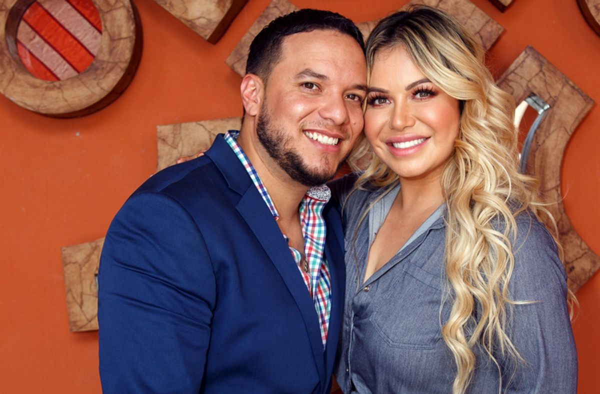 Chiquis Rivera and Lorenzo Méndez are captured together and pregnancy rumors emerge   The State