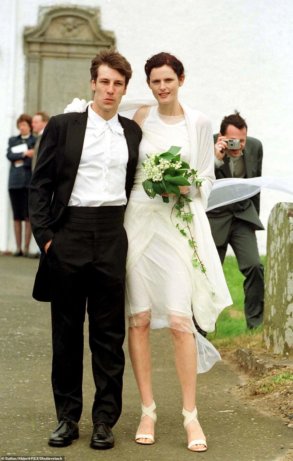 David lasnet and aristocratic supermodel Stella Tennant married in 1999 in Oxnam, a town on the Scottish borders. The pair split in August