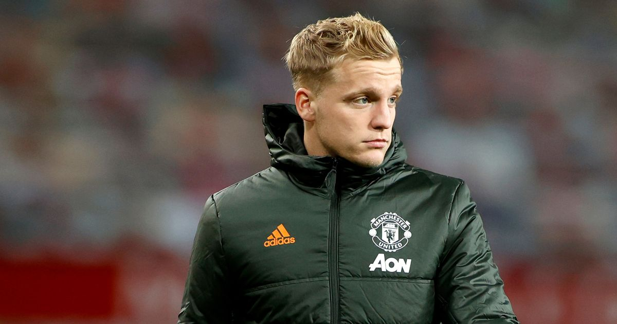 Donny van de Beek told he should never have joined Man Utd after difficult start